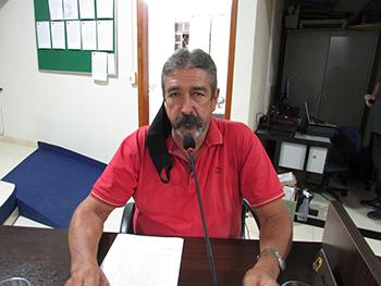 Ar-condicionado e veículo para Clinica de Castração – Ver. João Antonio